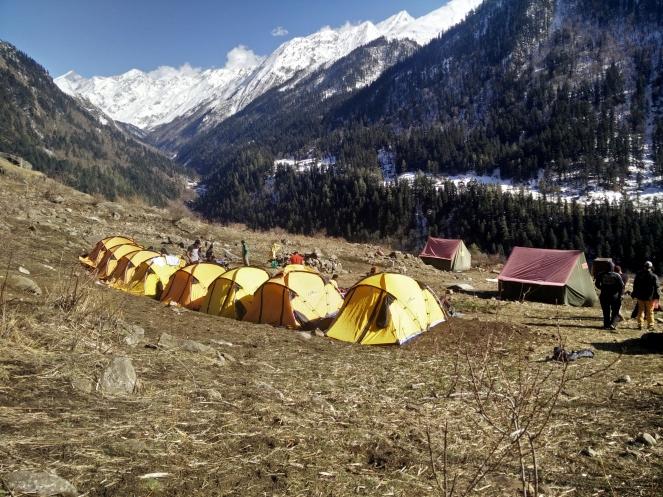 Camp site on Kalkatiyadhar.jpg