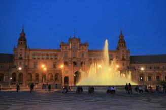 Fountain at Plaza de España