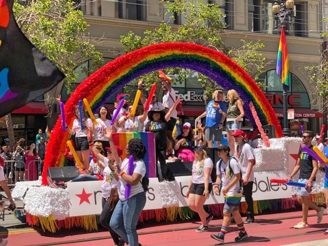 pride_parade_1