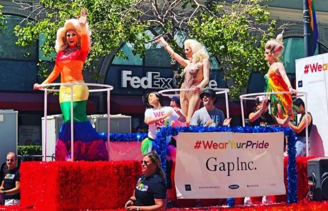 pride_parade_13